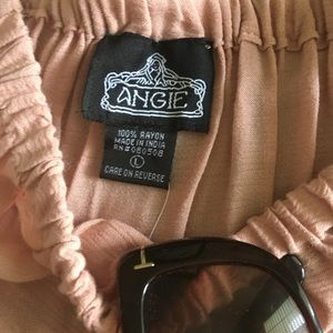 Angie Tops - Cool 😎 rose colored off the shoulder